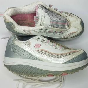 Sketchers shape ups Shoes size 7 White/Silver/Pink